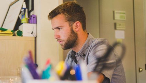 Qu'est-ce que l'aide à la création d'entreprise ?